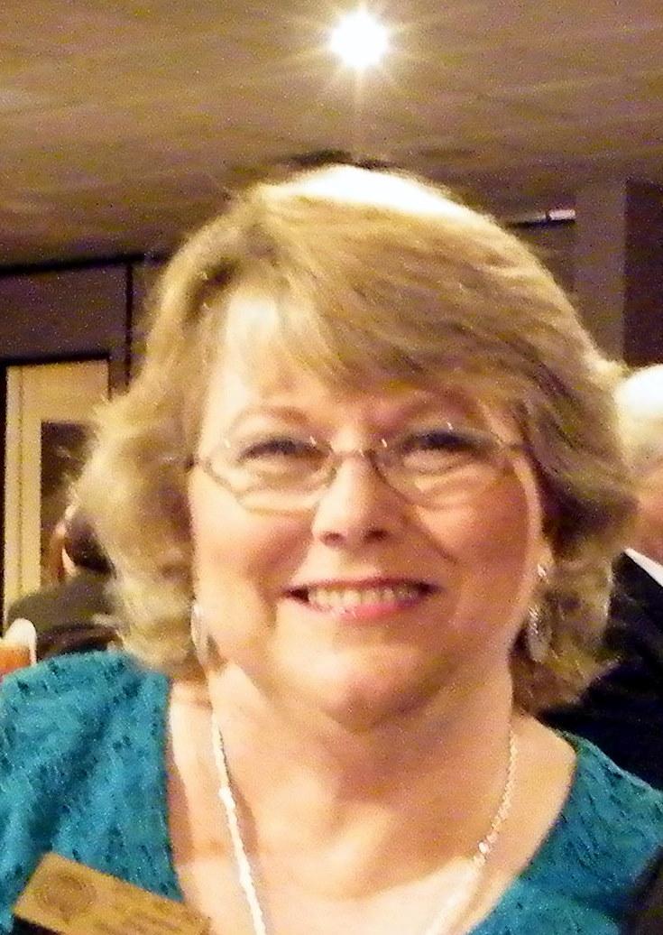 Joyce Mullins : 1st Vice President